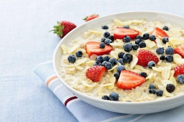 Tổng hợp thực đơn Eat Clean buổi sáng với yến mạch