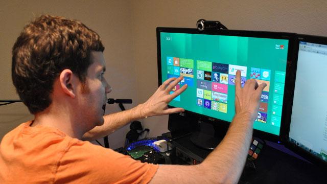 Máy tính để bàn Windows màn hình cảm ứng