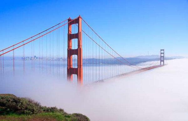 Cầu Cổng Vàng (San Francisco, Mỹ) trông như con đường dẫn tới thiên đàng