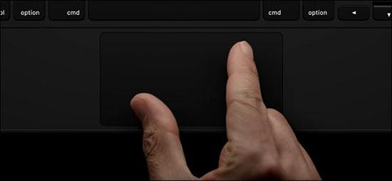 Thao tác zoom ảnh quen thuộc cũng có thể sử dụng trên trackpad của bàn phím