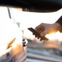 Apple CarKey chuẩn bị ra mắt, biến iPhone và Apple Watch thành chìa khóa ô tô