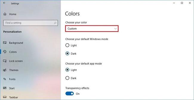 Sử dụng menu drop-down Choose your color và chọn tùy chọn Dark hoặc Custom