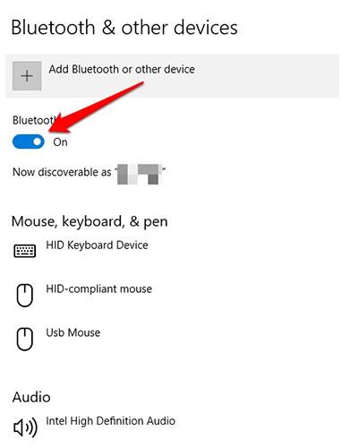 Nhấp vào Bluetooth để bắt đầu tìm kiếm các thiết bị Bluetooth có sẵn