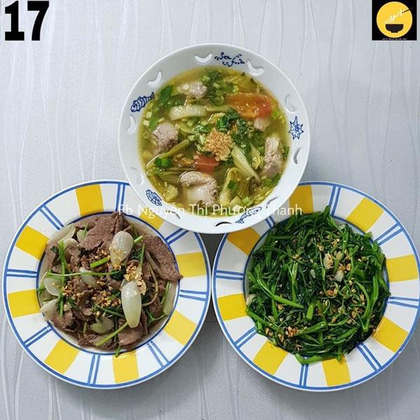Bò xào hành cần, rau muống xào tỏi, canh cải chua sườn non.