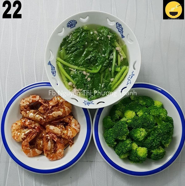 Tôm kho tàu, canh cải ngọt thịt bằm, bông cải xanh luộc.