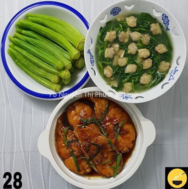Cá bông lau kho, đậu bắp luộc, canh rau muống nghêu.