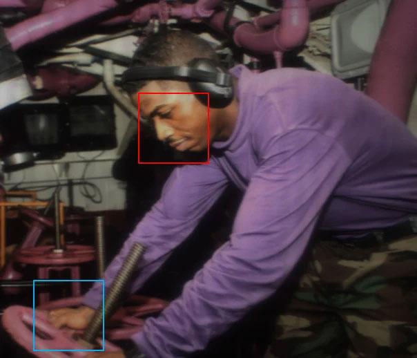Ảnh chụp qua màn hình T-OLED: