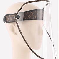 """Miếng chắn giọt bắn của Louis Vuitton giá """"sương sương"""" 961$"""