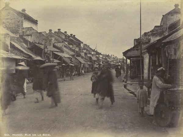 Quang cảnh phố Tơ Lụa (rue de la Soie) năm 1899 2
