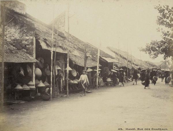 Phố Chapeaux (phố chuyên bán mũ nón) nay là phố Hàng Nón