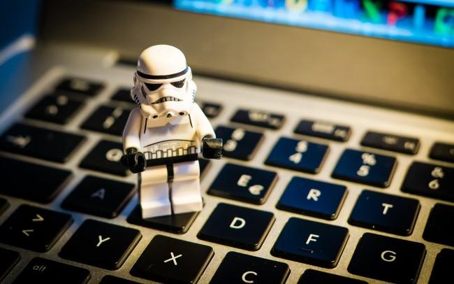 Những kỹ năng cơ bản như máy tính, mạng, mạng không dây... là điều hacker không thể bỏ qua