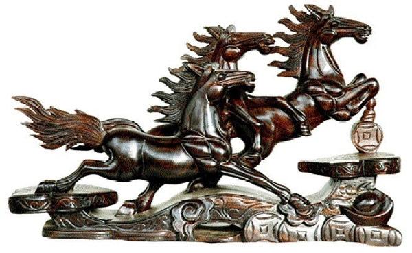 Linh vật phong thủy hình con ngựa