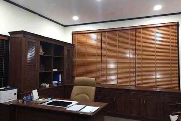 Rèm gỗ phòng làm việc