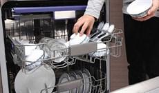 Cách xếp bát vào máy rửa bát được nhiều bát mà vẫn sạch