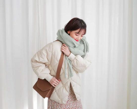 Quàng khăn kiểu Hàn Quốc giúp giữ ấm phần cổ mà vẫn cực phong cách