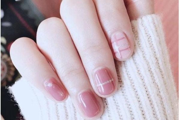 mau nail dep 15*140490