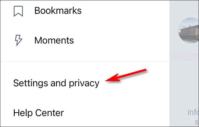 """Nhấn vào """"Settings and privacy"""""""