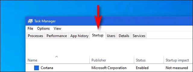 """Nhấp vào tab """"Startup"""""""
