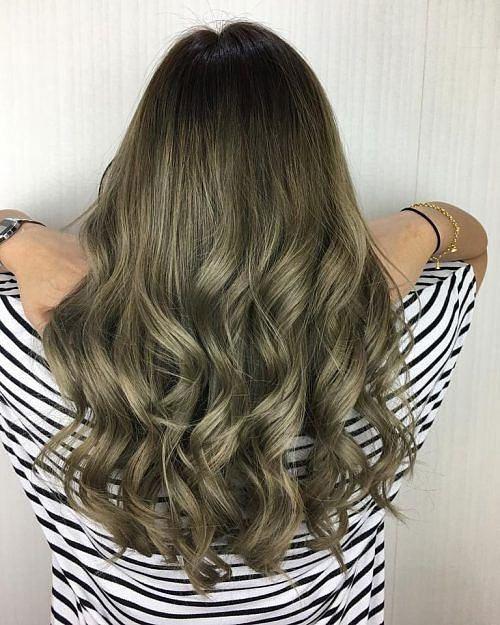 Màu tóc nâu rêu