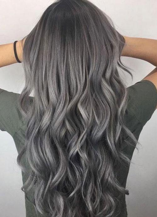 Màu tóc than chì cá tính.Màu tóc than chì cá tính.