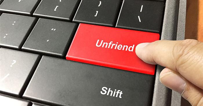 Cách xem lại bạn bè đã hủy kết bạn trên Facebook