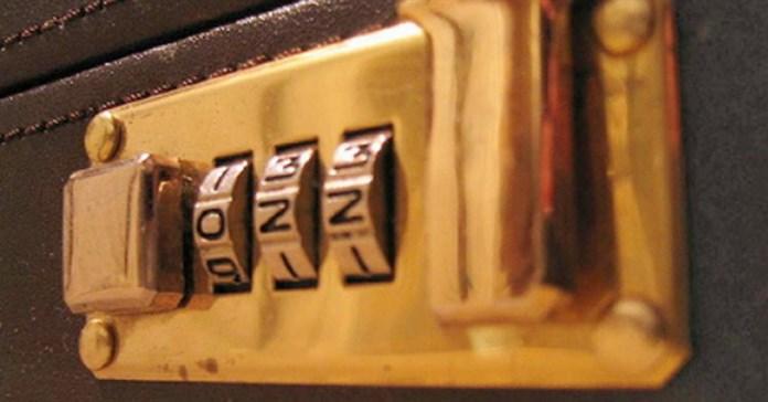 Cách đổi mật khẩu vali
