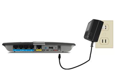 Cắm power adapter vào ổ điện