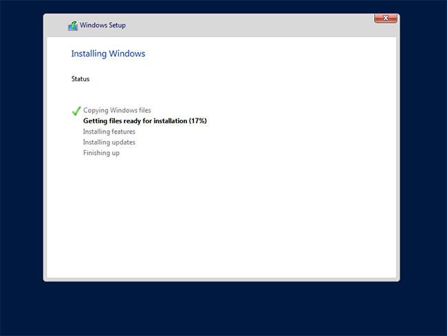 Quá trình cài đặt Windows Server bắt đầu