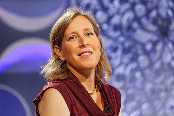 Câu 4: Susan Diane Wojcicki