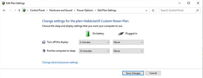 Windows 10 cung cấp tùy chọn On battery và Plugged in