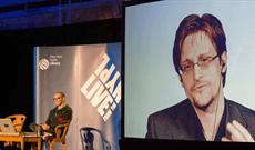 Tranh NFT của cựu điệp viên Edward Snowden được bán với giá hơn 5,4 triệu USD
