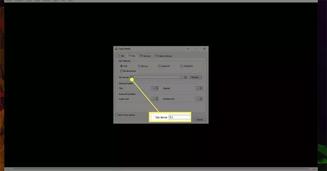 Sử dụng menu drop-down để chọn ổ DVD