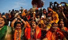 Lễ hội Kumbh Mela - lễ hội tôn giáo lớn nhất thế giới của Ấn Độ