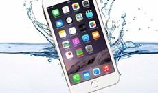 Từ chối bảo hành iPhone vào nước, Apple bị kiện lừa người dùng bằng quảng cáo