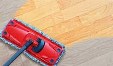 8 cách làm sạch sàn nhà, cách lau nhà sạch bóng và đơn giản cho ngày hè mát mẻ