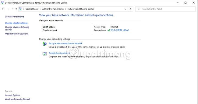 Nhấp vào tùy chọn Change adapter settings