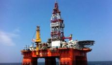 Làm thế nào để xây giàn khoan nặng hàng chục ngàn tấn trên biển?