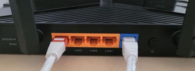 Kết nối PC của bạn với router TP-Link bằng cáp