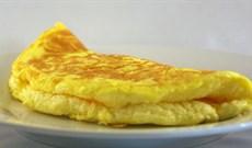 Cho thêm những 'gia vị bí mật' này món trứng tráng sẽ xốp, mịn và ngon miệng hơn