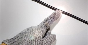 Phát minh ra loại vải thông minh có thể sạc điện không dây và giặt như bình thường
