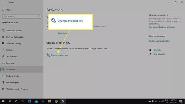 Chọn Change product key hoặc Update product key