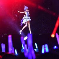 Ca sĩ ảo thu hút hàng trăm triệu giới trẻ Trung Quốc