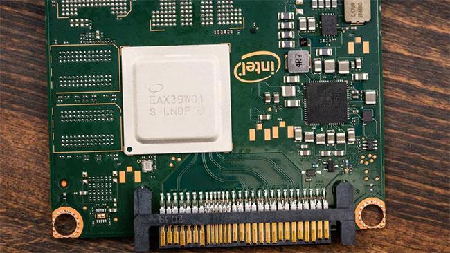 Intel Optane SSD DC P5800X