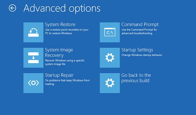 Chọn Troubleshoot > Advanced options > Command Prompt