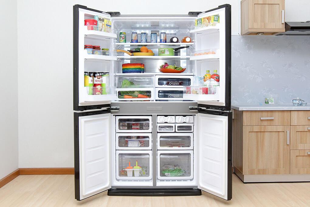 Tủ lạnh side by side 630 lít Sharp SJ-FX630V-ST