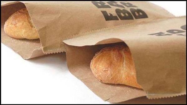 Bảo quản bánh mì bằng giấy báo