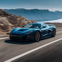 Cận cảnh pha tăng tốc 'kinh hoàng' của chiếc siêu xe điện nhanh và mạnh nhất thế giới