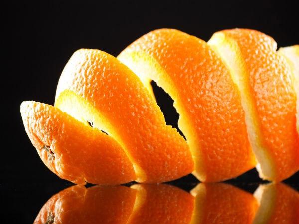 Dùng vỏ cam, quýt, bưởi khử mùi hôi tủ lạnh