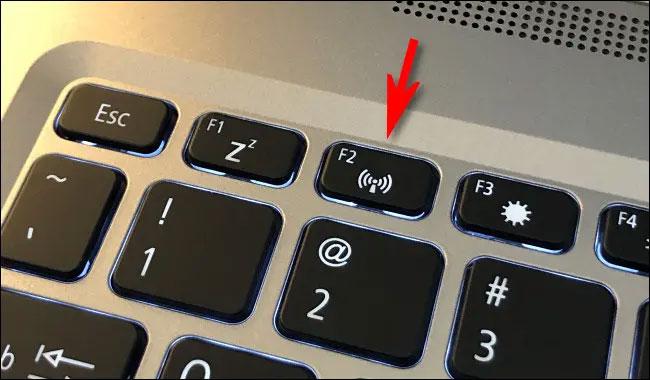 Nút bật hoặc tắt nhanh chế độ máy bay