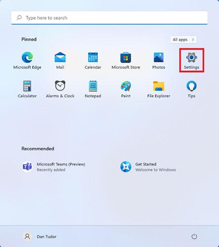 Biểu tượng Settings có thể được tìm thấy bằng cách nhấn vào Start